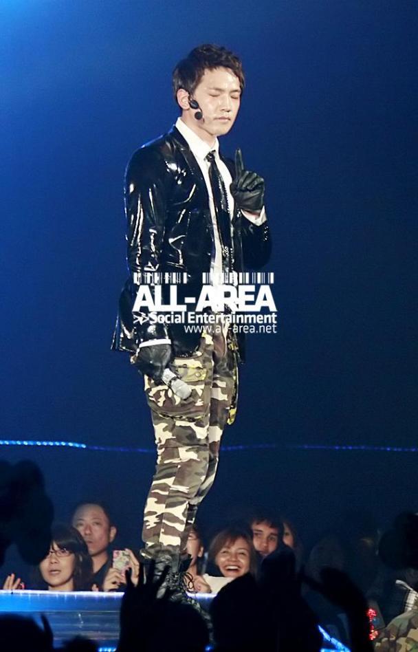 [12/05/2011] Fotos de Rain en el concierto de Bangkok 310